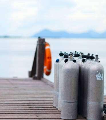 Experts Explain Health Benefits of Scuba Diving